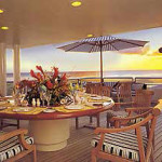 yacht-lifestyle-aft-deck