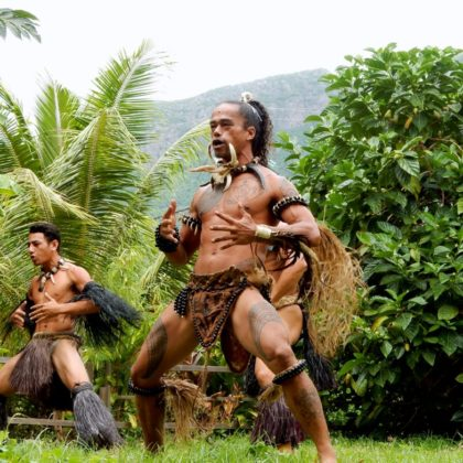 maori people in jungle