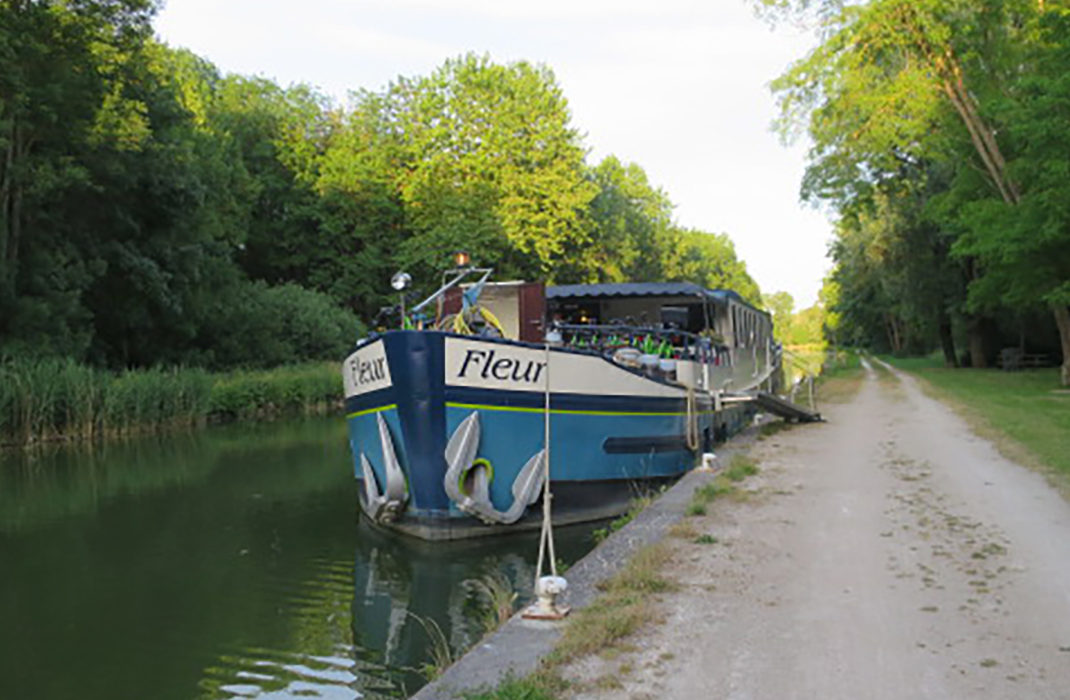 Barge and Bicycling in Francece